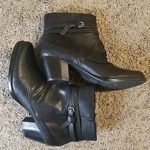 Shoes - Ankle booties